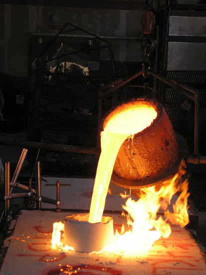What Are The Advantages of Forging Over Casting? - Blacksmith U